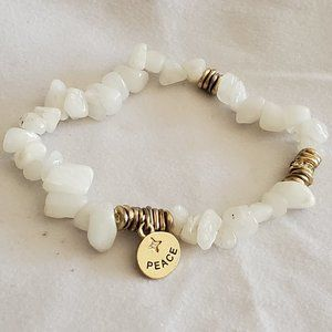 Quartz Stretchy Bracelet with Gold Tone Details